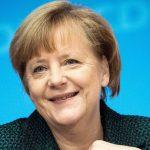 Angela Merkel wurde 15 Jahre deutlich jünger und erhielt die Erlaubnis, sich gegen COVID-19 impfen zu lassen